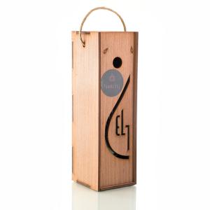 Pellas Nature Garlic infused Olive Oil 8.54 oz Bottle in Wooden Gift Case