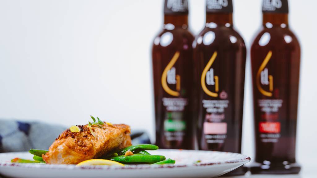 Roasted Spicy Turkey Breast with Green Beans